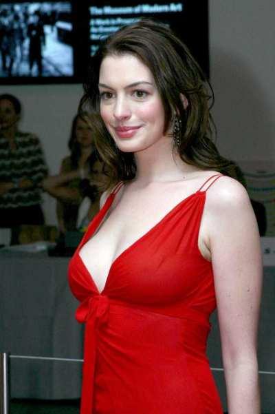 Anne Hathaway – visina 173, težina 59 kg, indeks tjelesne mase 20