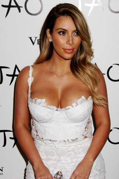 Kim Kardashian – visina 157 cm, težina 56 kg, indeks tjelesne mase 23